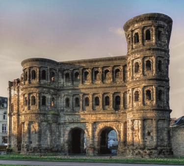 Römische Baudenkmäler, Dom und Liebfrauenkirche in Trier - Porta Nigra