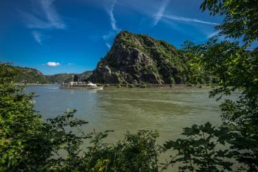Oberes Mittelrheintal mit Blick auf die Loreley